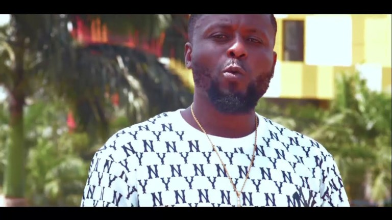 Video Premiere: Elinee – Rising [Official Video]